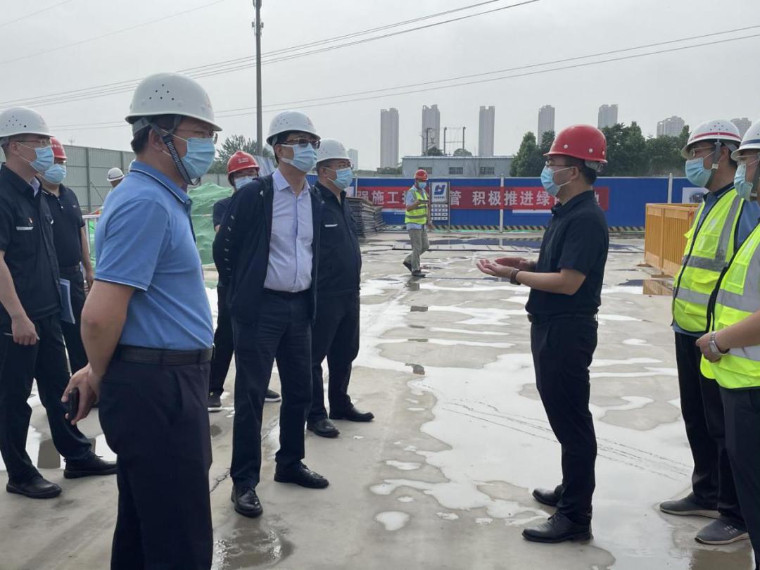 高新区领导张涛督导调研安全生产、大气污染防治等工作
